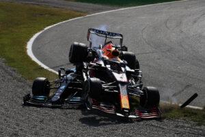 Max Verstappen et Lewis Hamilton s'accrochent au Grand Prix d'Italie